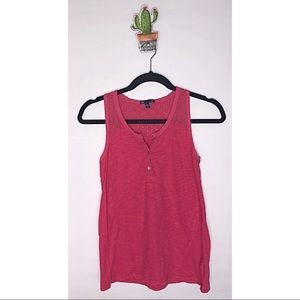 GAP tank top with back neck embroidered accent S